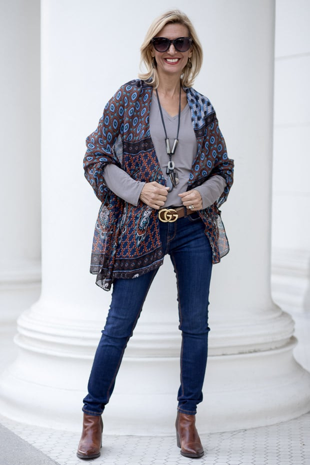 New womens gray v neck long sleeve top and scarf