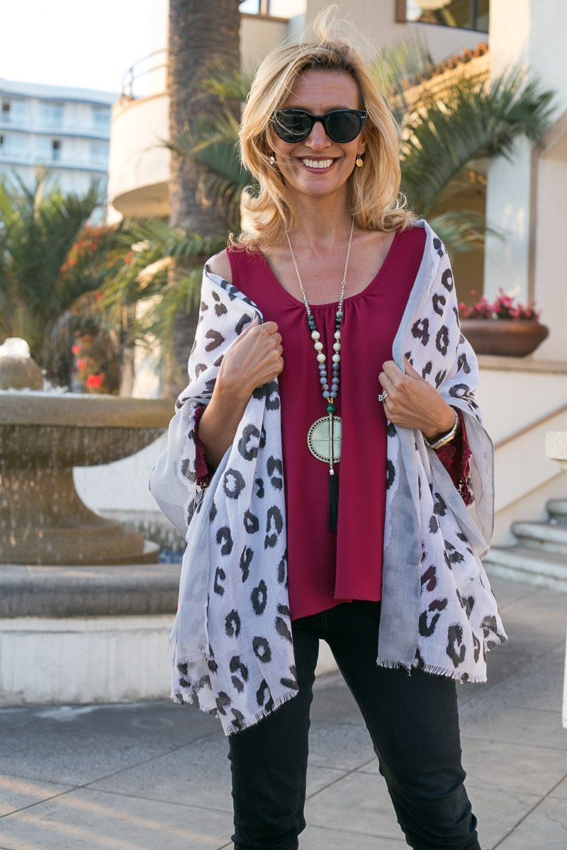 cold-shoulder-top-trend-continuing-straight-into-fall-jacket-society-6633