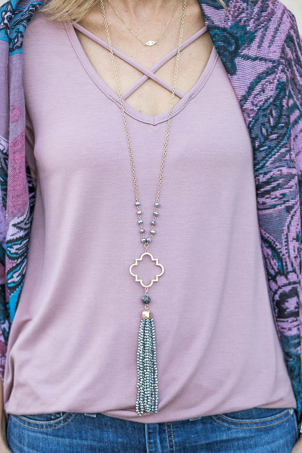 mauve criss cross top and necklace