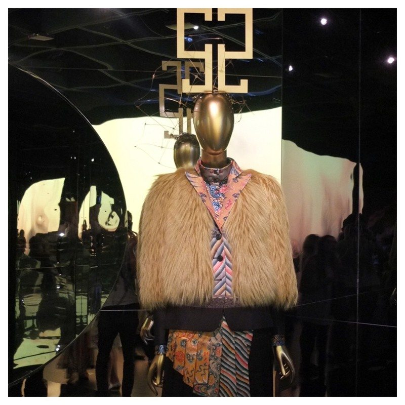 Jacket-Society-MET-Exhibit-China-Through-The-Looking-Glass (11)