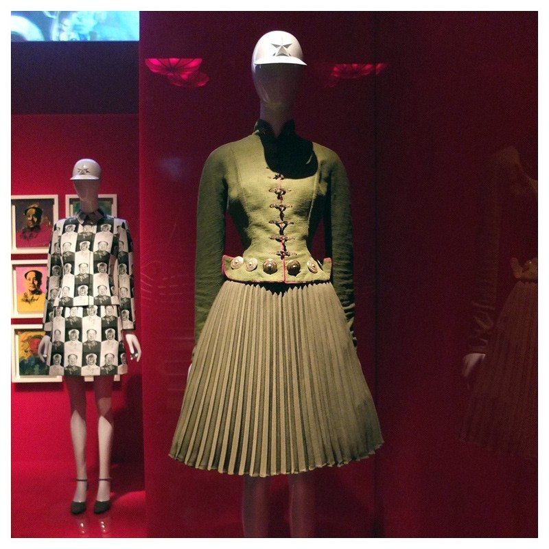 Jacket-Society-MET-Exhibit-China-Through-The-Looking-Glass (3)