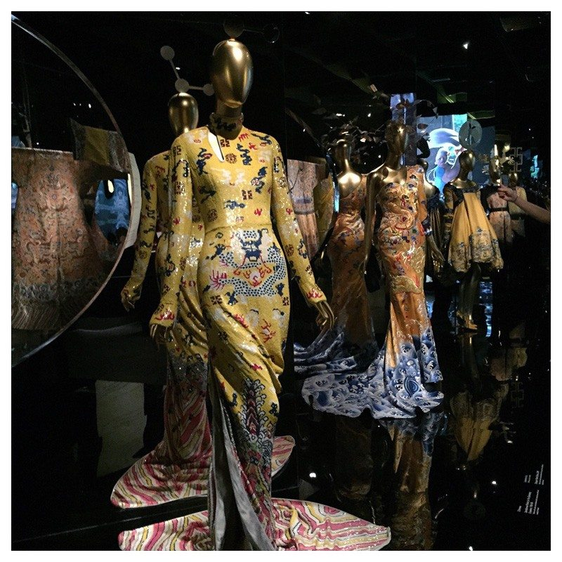 Jacket-Society-MET-Exhibit-China-Through-The-Looking-Glass (5)