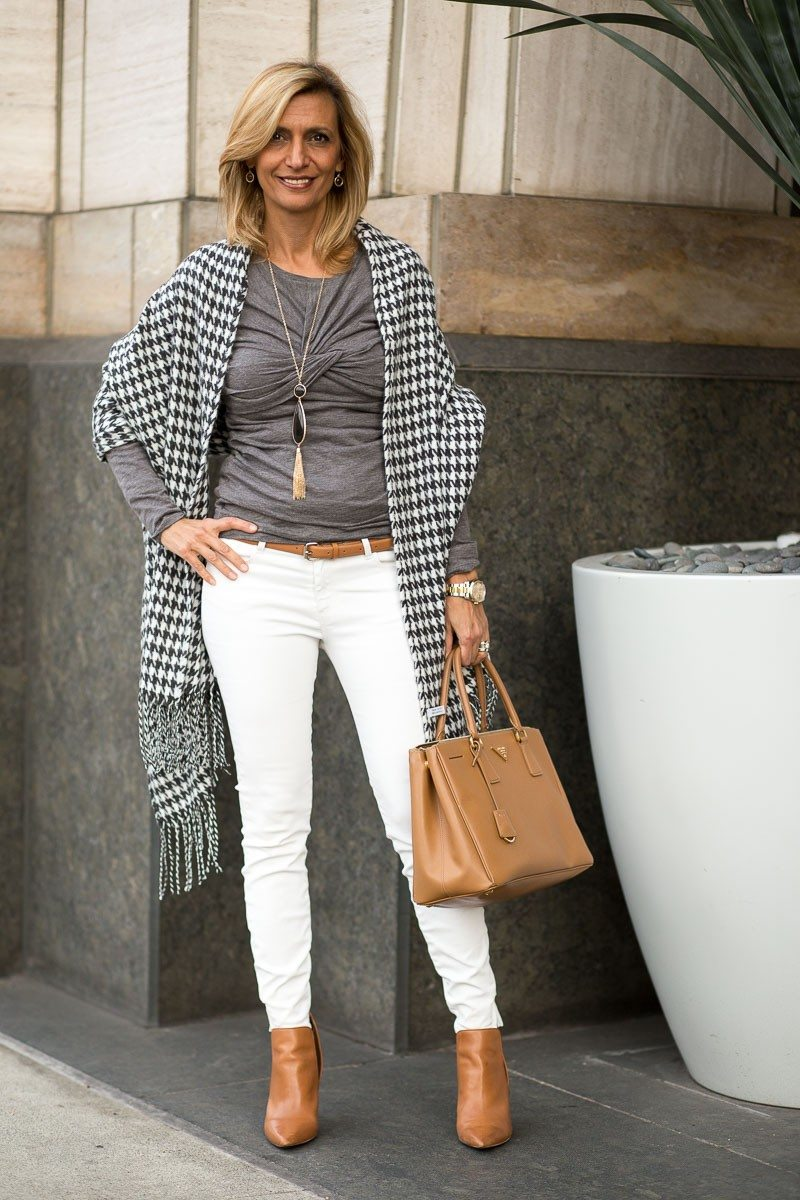 Jacket-Society-Our New Charcoal And Ivory Houndstooth Wrap-2033
