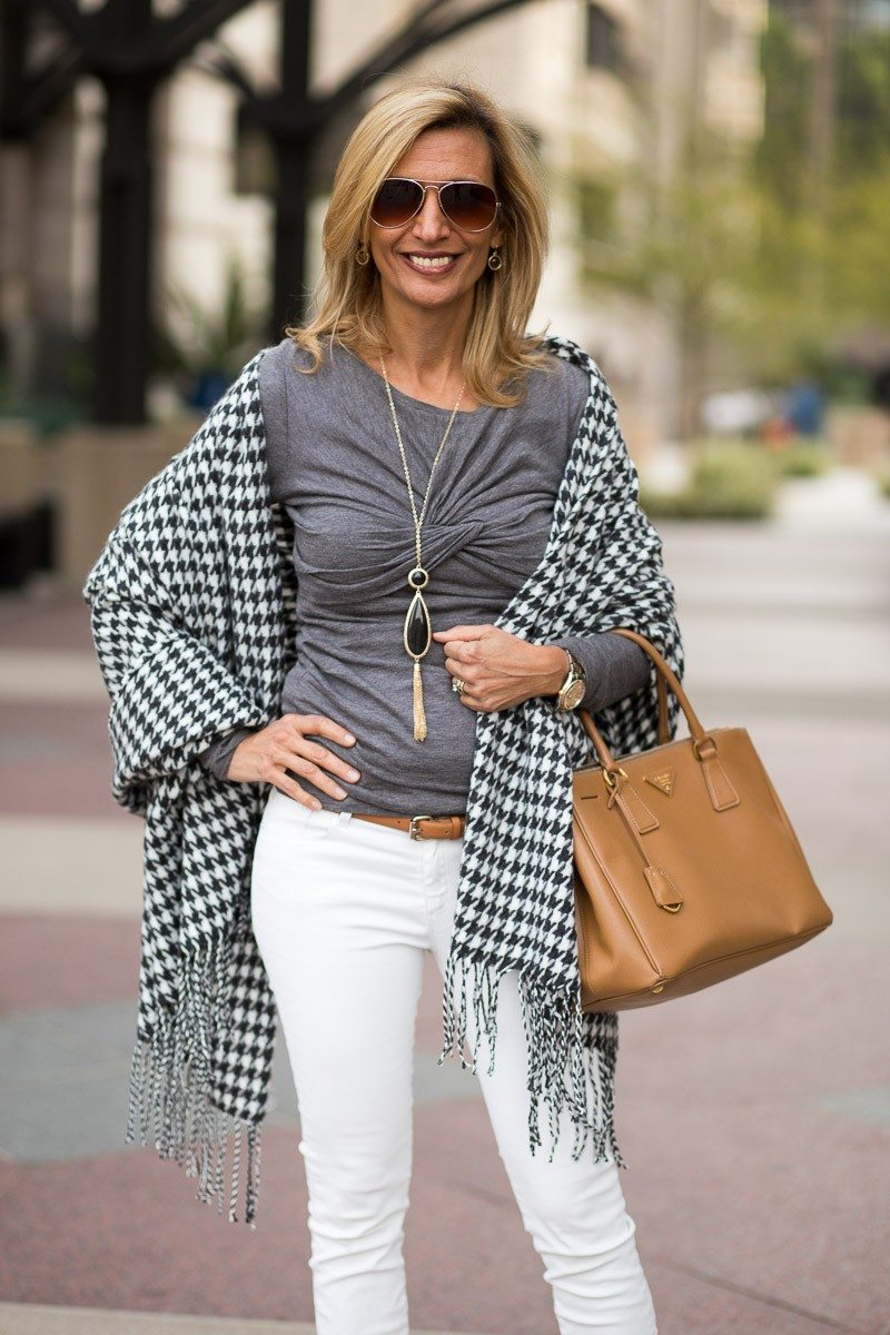 Jacket-Society-Our New Charcoal And Ivory Houndstooth Wrap-2045