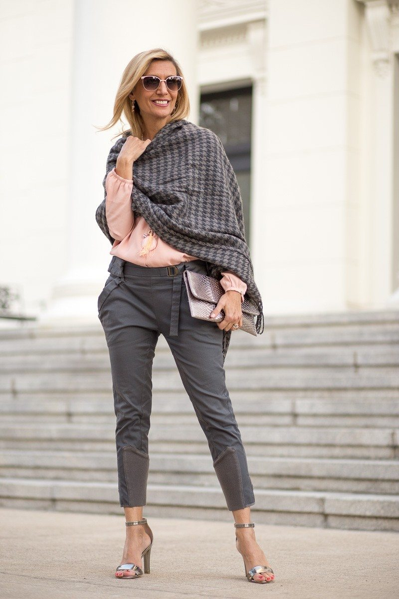 Jacket-Society-Our New Charcoal Wrap Mixed With Rose Quartz-2237