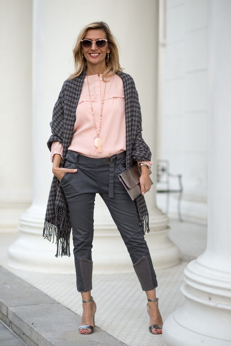 Jacket-Society-Our New Charcoal Wrap Mixed With Rose Quartz-2244