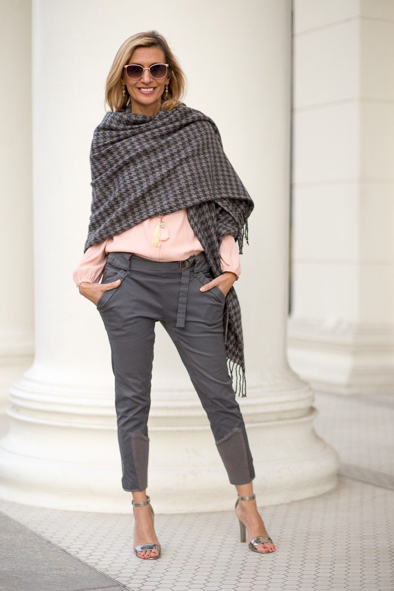 Jacket-Society-Our New Charcoal Wrap Mixed With Rose Quartz-2280