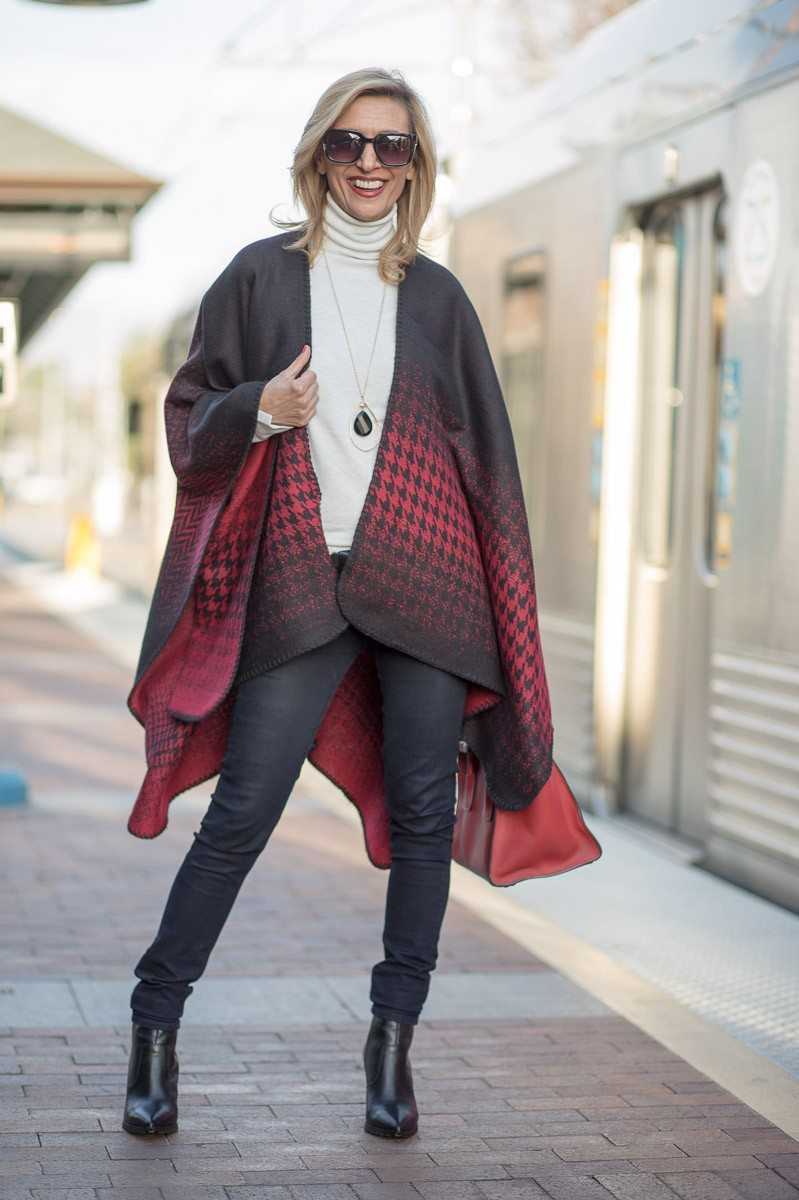 Jacket-Society-Our Reversible Houndstooth And Herringbone Ponchos-2154