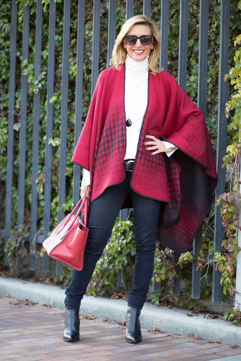 Jacket-Society-Our Reversible Houndstooth And Herringbone Ponchos-2160