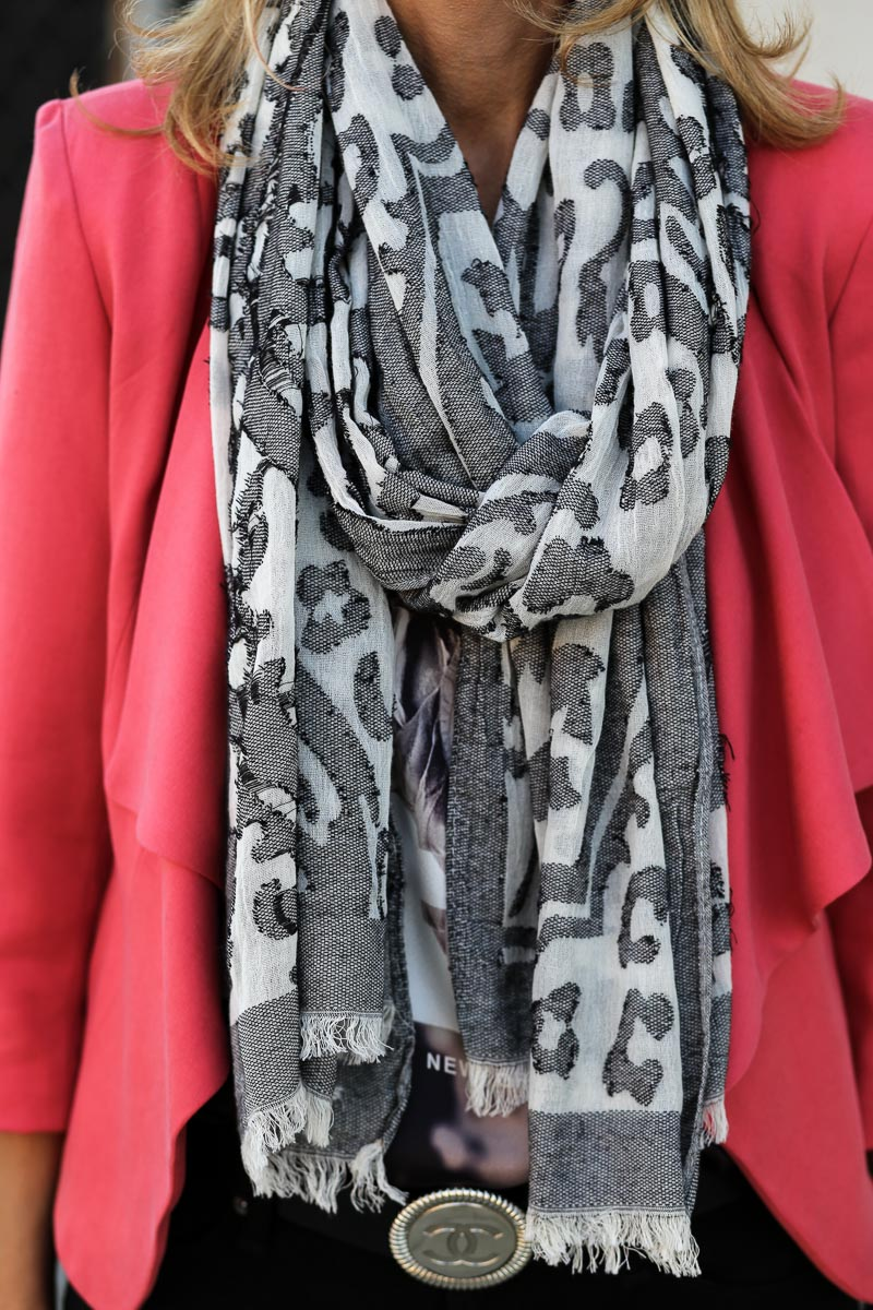 Jacket-Society-Our_Cosmo_Jacket_Mixed_With_A_Burnout_Print_Scarf-1053