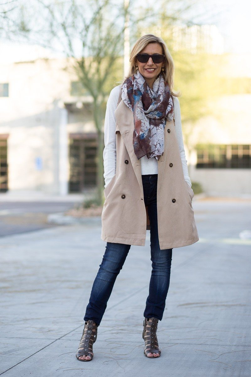 Jacket-Society-The Perfect Trench Vest For Spring-2697