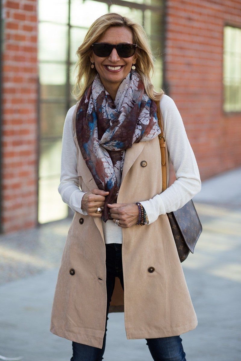 Jacket-Society-The Perfect Trench Vest For Spring-2712