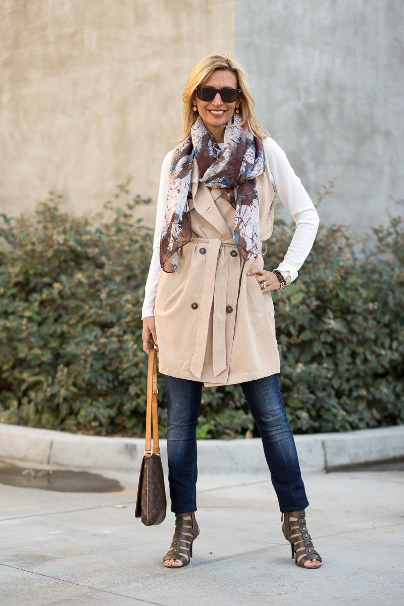 Jacket-Society-The Perfect Trench Vest For Spring-2717