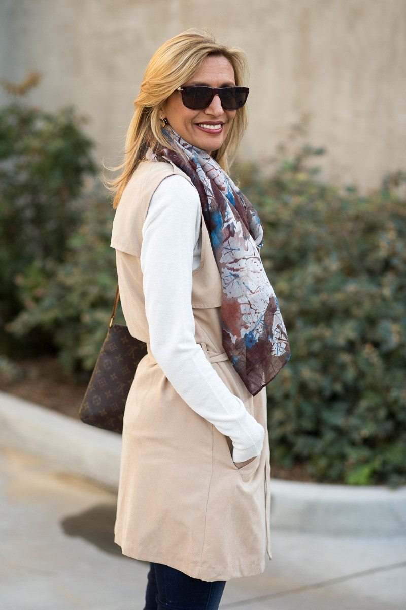 Jacket-Society-The Perfect Trench Vest For Spring-2720