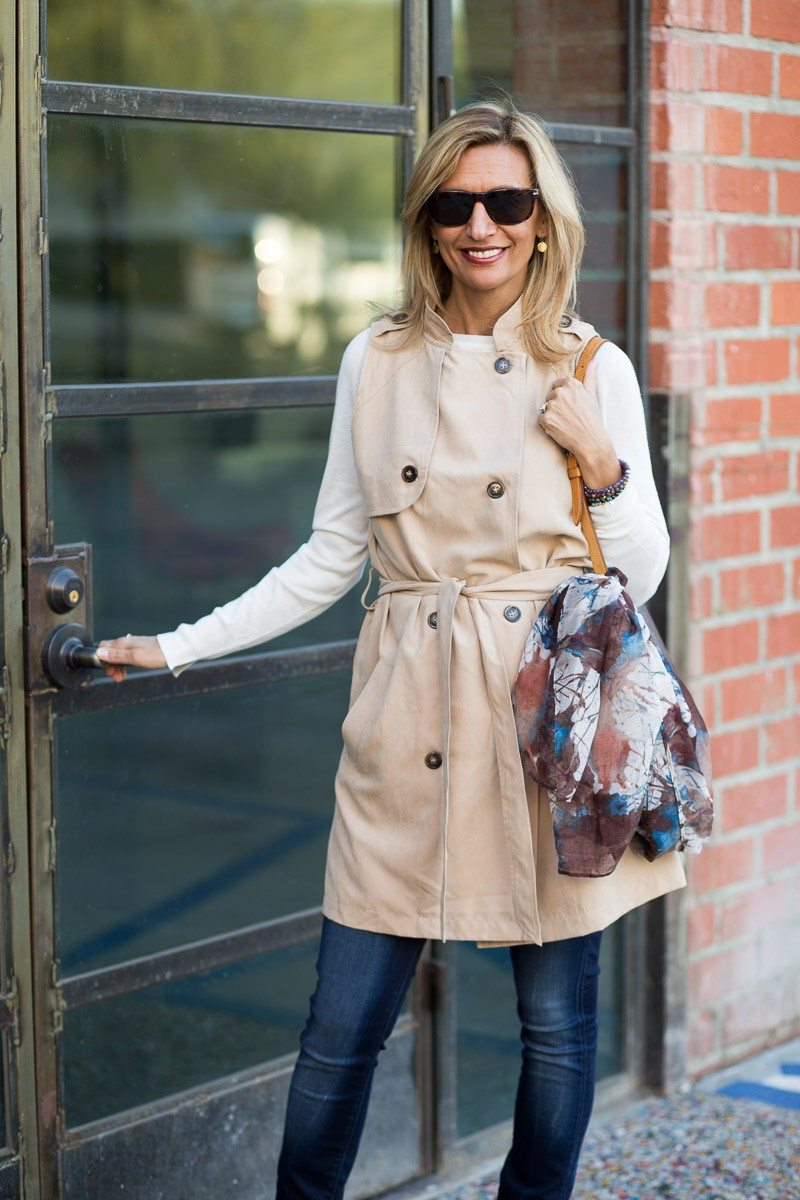 Jacket-Society-The Perfect Trench Vest For Spring-2725