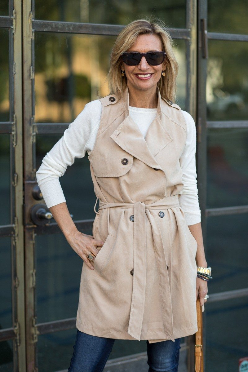 Jacket-Society-The Perfect Trench Vest For Spring-2729