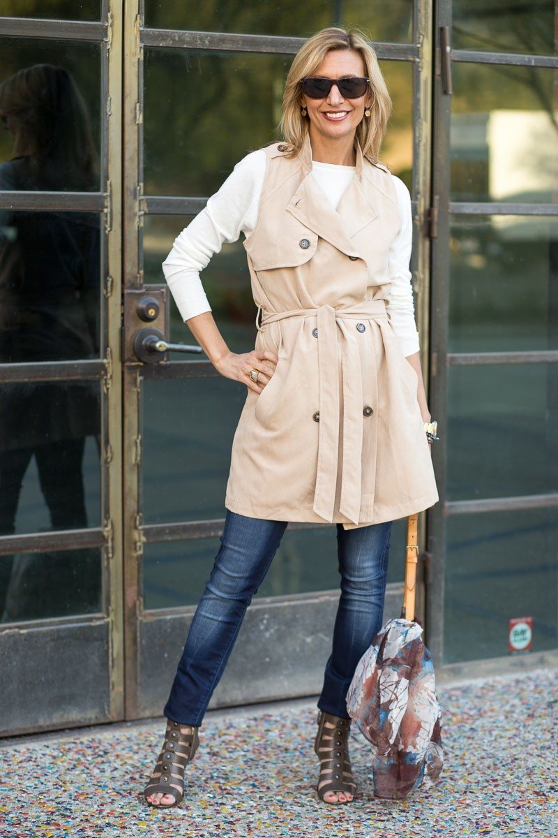 Jacket-Society-The Perfect Trench Vest For Spring-2732