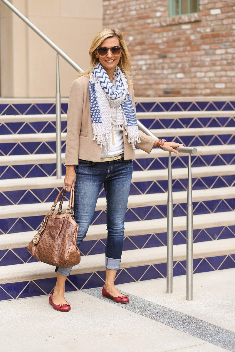 Jacket-Society-casual-look-for-a-movie-and-dinner-date-4095