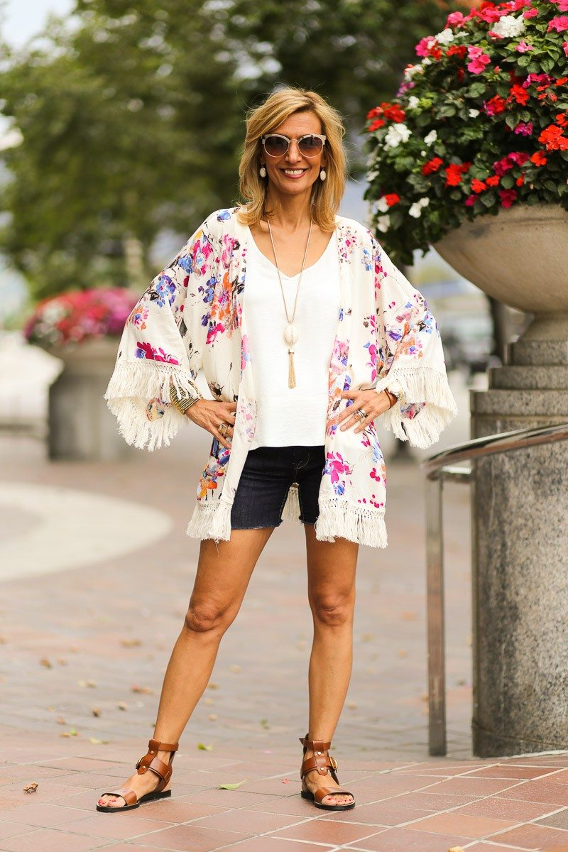 Jacket-Society-celebrating-the-fourth-of-july-wearin-our-new-rose-kimono-4629