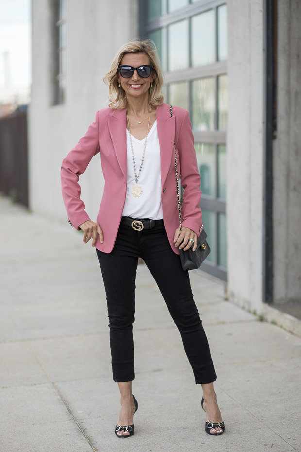 Womens Classic fitted Blazer in a beautiful rose crepe