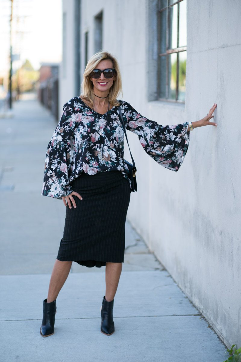 vintage-floral-top-with-bell-sleeves-jacket-society-7793