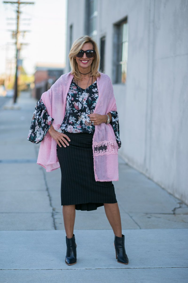 vintage-floral-top-with-bell-sleeves-jacket-society-7800