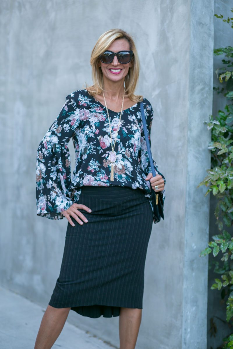 vintage-floral-top-with-bell-sleeves-jacket-society-7817