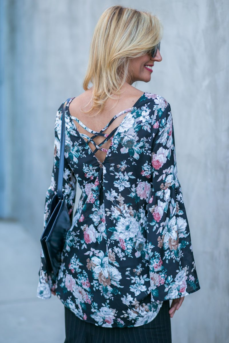 vintage-floral-top-with-bell-sleeves-jacket-society-7821