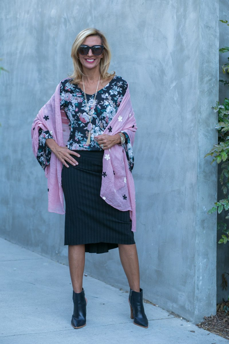 vintage-floral-top-with-bell-sleeves-jacket-society-7833
