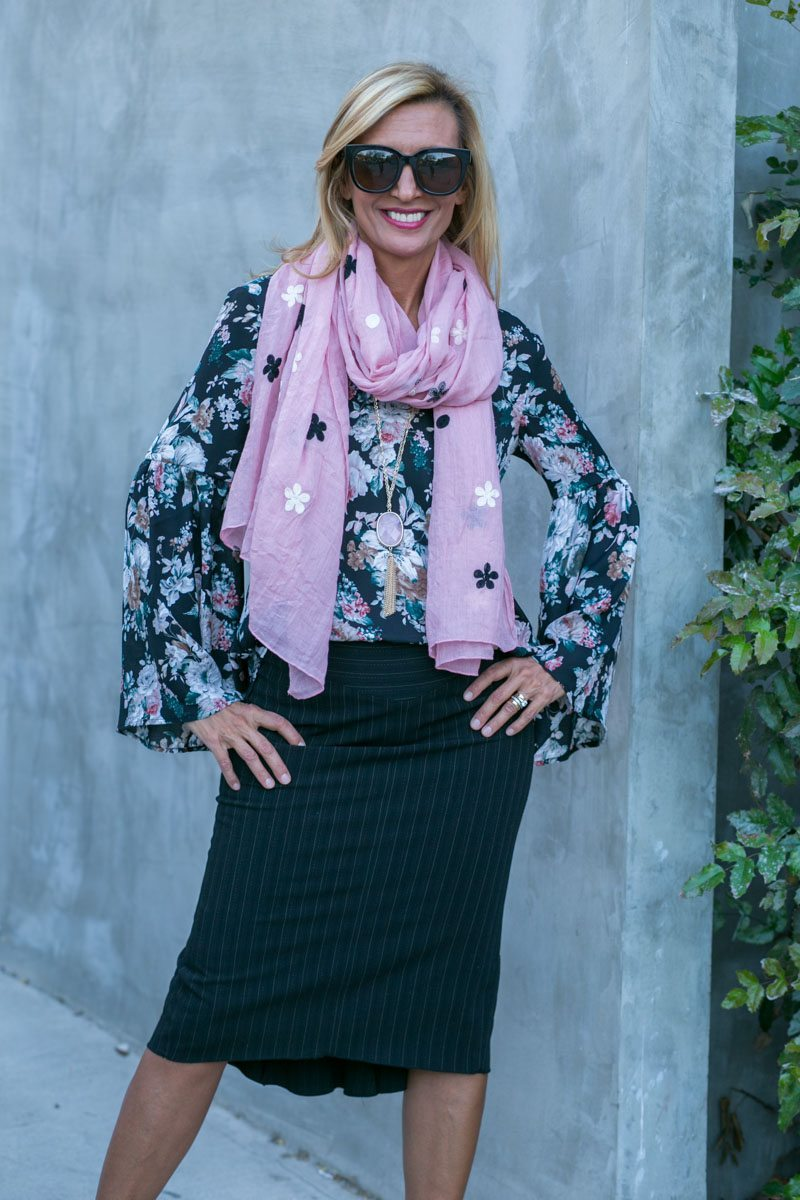 vintage-floral-top-with-bell-sleeves-jacket-society-7841