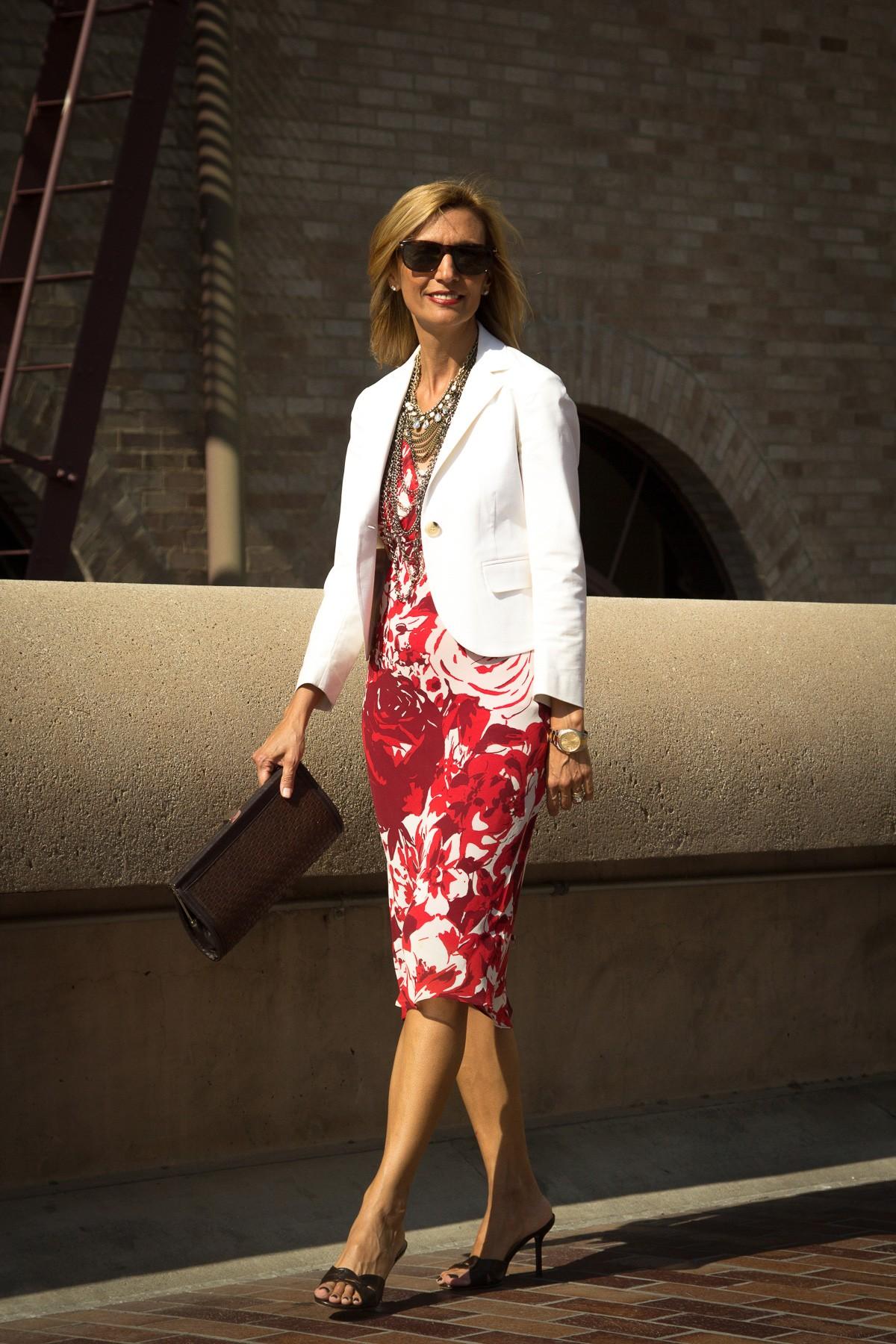 Wearing-My-Shrunken-Blazer-As-A-Cardigan-www.jacketsociety.com-3