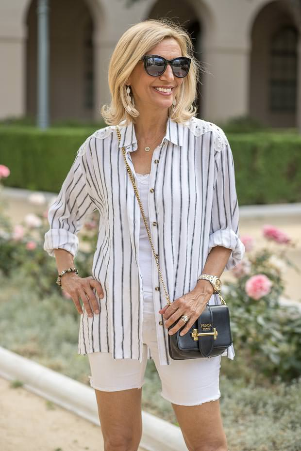 black and white summer out fits for women styled a few ways
