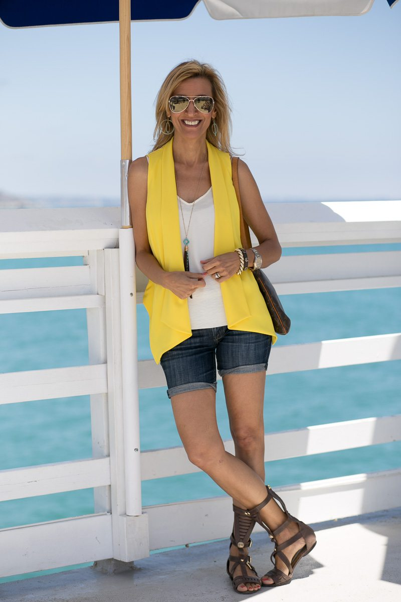 Womens-Yellow-Vest-Malibu-Pier-Jacket-Society-5672