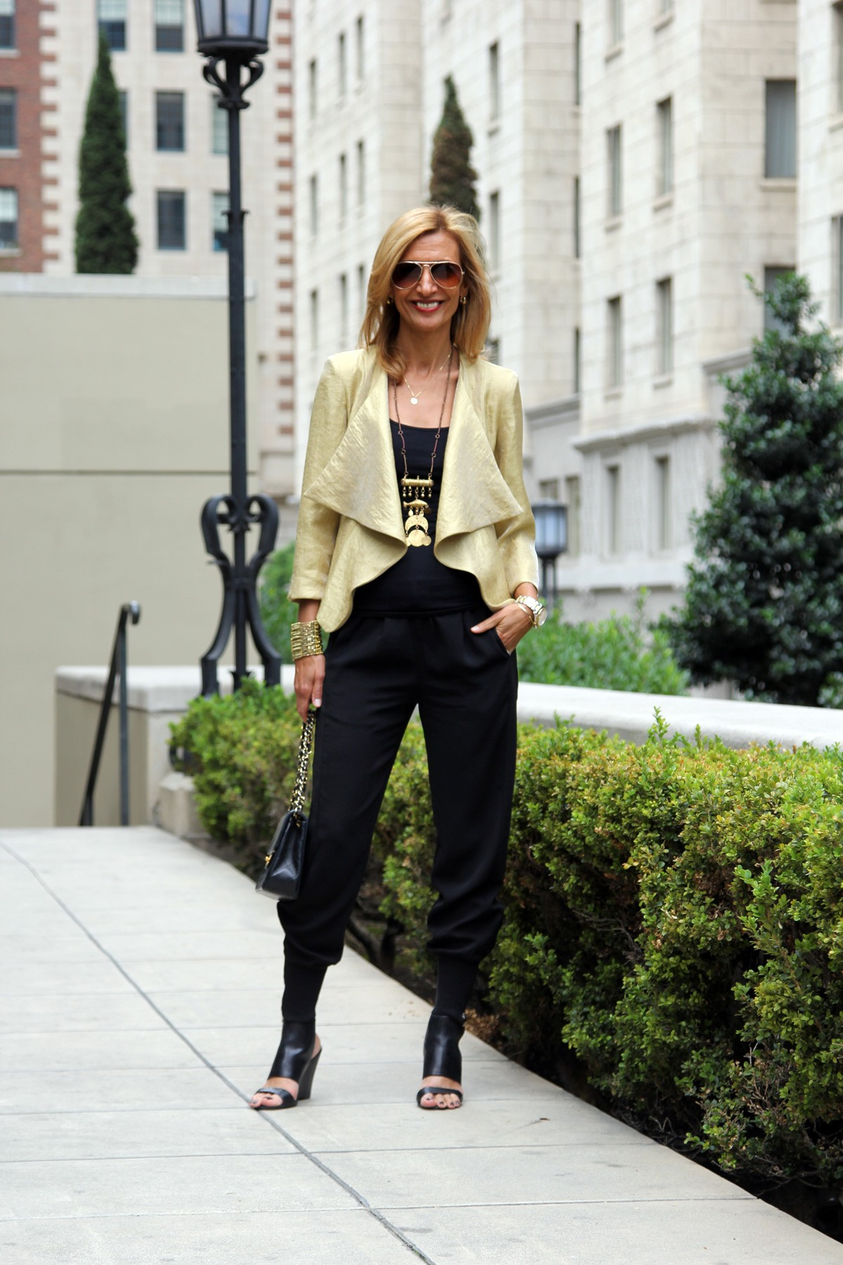 visiting-downtown-los-angeles-wearing-my-soleil-jacket-www.jacketsociety.com(6)